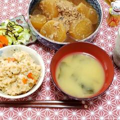 永谷園 松茸の味 お吸い物 業務用 50袋入(即席みそ汁、吸い物)を使ったクチコミ「我が家の夕食╰( ^o^)╮-。・*・:…」(1枚目)