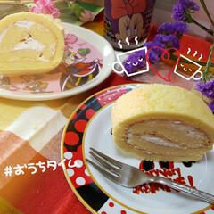 フォロー大歓迎/おやつ/ささやかな幸せ/失敗は成功のもと/癒しの時間/小さな幸せ/... 初❗ ロールケーキ作りにチャレンジ💪👀 …