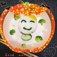 娘の朝食/朝食/遊び心/笑顔/笑顔おにぎり/おにぎり/... 今日も素敵な一日になりますように(♥Ü♥…(1枚目)