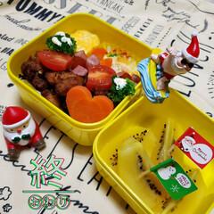 クリスマスバージョン/お弁当のおかず/娘のお弁当/お昼ごはん/ランチ/今日のお弁当/... 今週の娘のお弁当🍱🍴終了❣️  ⸜❤︎⸝…
