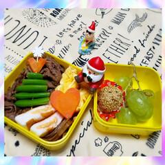 冷凍食品/クリスマスピック/クリスマス雑貨/女子高生のお弁当/お昼ごはん/ランチ/... 娘のお弁当🍱🍴  昨日🈷でも祝日休みだっ…