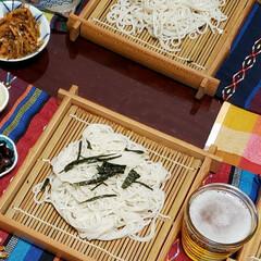 今年もお疲れ様でした/我が家の夕食/今年も終わる/お惣菜の天ぷら/おせち料理/家族団らん/... 年越しそばを家族で頂きました😋🍴🙏🏻  …