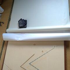 自己流/粘着襖紙/Amazon/ふすま紙/襖貼り替え/押入れ 以前押し入れをアコーディオンカーテンにし…(3枚目)