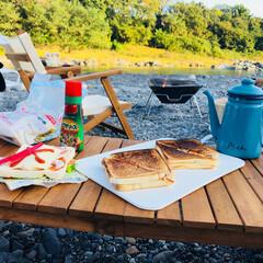 我が家のテーブル 1泊2日のキャンプの朝ごはん🏕 簡単な道…