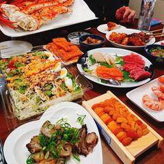 我が家のテーブル 友達と海鮮パーティー