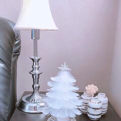 テーブルランプ/クリスマスツリー/ベッドサイドインテリア/寝室インテリア/ベッドサイド/クリスマス2019 ベッドサイドpic フェザークリスマスツ…