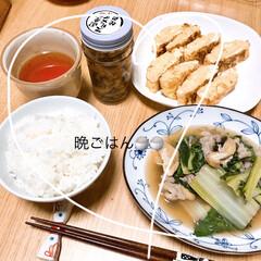 ご飯 これから晩ごはん🍚 うまい菜と豚肉と油揚…