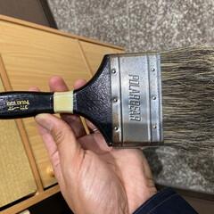 掃除グッズ 塗装用のハケです。毛が強いので力入れてゴ…