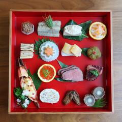 お節の盛り付け/ワンプレートおせち/お節/おせち/お節料理/おせち料理/... 3日目のお節です。残り物のお節に少し食材…