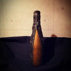 アート/ゴシックインテリア/ガラス/雑貨/インテリア/ハンドメイド ワインのハーフボトルくらいの瓶に 壁材や…