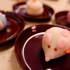 正月/元旦/和菓子/子/鯛/餅/... 元旦に食べた和菓子がとてもかわいかったの…
