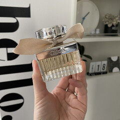 クロエ クロエ EDP SP (女性用香水) 75ml(女性用)を使ったクチコミ「久々の香水✧  コストコでクロエの香水と…」