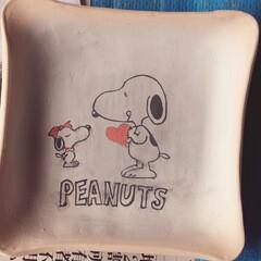 陶芸教室/スヌーピー/お皿に絵を描いた!/PEANUTSの文字がバラバラ/シンプル過ぎたか?/スヌーピーカワイイ♡ 陶芸教室にて☆ お皿に絵を描きました♫ …