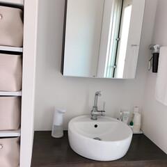 ソープディッシュ/メイクルーム/洗面所大公開/洗面道具/洗面所は綺麗に使おう うちの洗面所は収納が少ないので、脇の棚の…