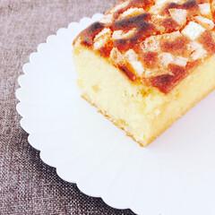 オレンジピールのパウンドケーキ/オレンジピール/パウンドケーキ/おうちおやつ/おうちごはん/暮らし/... 久々にパウンドケーキを焼いてみました。 …