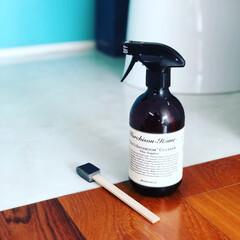 掃除/トイレ掃除/黄ばみスッキリ棒/水垢掃除/リミとも部 トイレ掃除🚽  1階と2階と同じタイミン…
