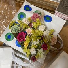 リメイク/フリマ/ダイソー/100均/バレンタイン2020 フリマでホワイトの  写真立て付き小物飾…