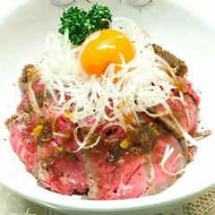 炊飯器/炊飯器調理/ローストビーフ丼/ローストビーフ 🔸炊飯器でローストビーフ丼🔸  食べ盛…
