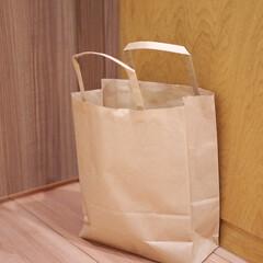小掃除/こそうじ/紙ごみ分類/掃除/生活の知恵/快適掃除 パントリー前に置いてある紙袋。何だと思い…