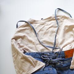 おうちでオシャレ/大人カジュアル/デニムコーデ/サロペット/バックシャン/Tシャツ/... アウターを着ない日が増えたのでレースアッ…