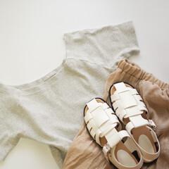 大人カジュアル/おしゃれ/今日のコーデ/淡いトーン/ベージュコーデ/Tシャツ/... 淡いトーンでまとめた着こなし。白のグルカ…