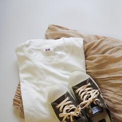 スニーカー/UNIQLO/UNIQLO U/白Tシャツ/カジュアルコーデ/大人カジュアル/... UNIQLOのTシャツコーデ再び!ロング…
