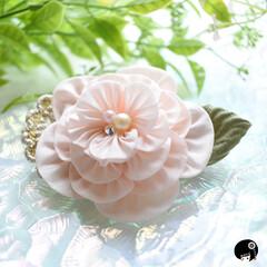 あぼかぼつまみ細工 フリルのようなお花のリメイク✨ ありがと…