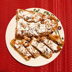 クリスマス/シュトーレン/おやつ/ナッツ/ドライフルーツ/3時のおやつ/... クリスマスに作ったシュトーレンです。  …
