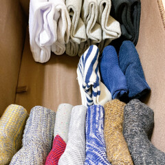 収納/収納術/おすすめ/簡単/靴下収納/靴下/... 我が家の靴下収納。 以前は履き口をくるっ…