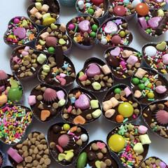 #バレンタイン2020/友チョコ/チョコ/チョコレート/がんばった/こぼれるやつ/... 親子でクラス全員分作りました!一部しか写…
