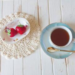 お気に入り/ティーカップ/紅茶/お茶/ガーデニング/いちご/... ウッドデッキで育ててたいちご😌💓  いつ…