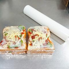 スパッと切れるラップケース ホワイト(米びつ)を使ったクチコミ「朝食で良く食べてる食パン🍞  食パンに …」(3枚目)
