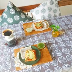 食パン/冷凍保存/冷凍/ピザトースト/生活の知恵/雑貨/... 朝食で良く食べてる食パン🍞  食パンに …