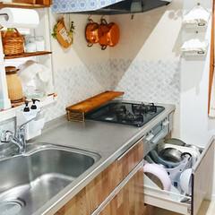 丸和貿易 ガラスびん フタ付 グラスジャー 3300ml ラージ No.3 400471100(米びつ)を使ったクチコミ「我が家の鍋収納はコンロ下の引き出しです🍲…」