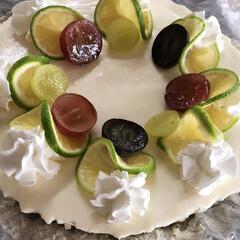 かぼす/レアチーズケーキ すだちの次はかぼすです‼️ レモンの代わ…(1枚目)
