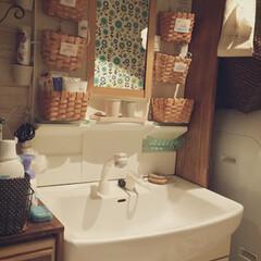 DIY/洗面所リメイク/洗面台リメイク/かご収納/kkworld/いらすと 1.賃貸の備え付きの洗面台を備えつきっぽ…