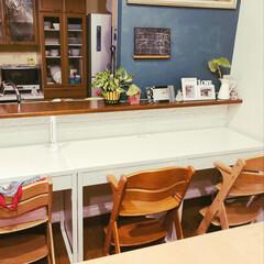 勉強机/ウンベラータ/ダイニング/グリーン/DIY/家具/... 白かったダイニングの壁をダークグリーンに…