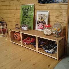 DIYアイデア投稿コンテスト 収納棚です。  家を建てたときの廃材と1…