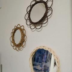 壁掛けミラー/ラタン/ハンドメイド/DIY 妻の作品。ラタンの壁掛けミラーです。 ま…