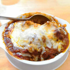 男飯/料理/カレーリメイク/ダイソー/フード 先日のカレーを今度は耐熱皿にご飯、 ハン…(1枚目)