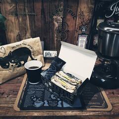 セリア/サンドウィッチ/ローストビーフサンド/おうちカフェ あーコメダ珈琲に行きたい😬 たまに作るロ…