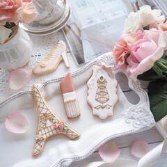 お菓子レシピ/お菓子作り/お菓子/アイシングクッキー お洒落なパリをイメージしてアイシングクッ…