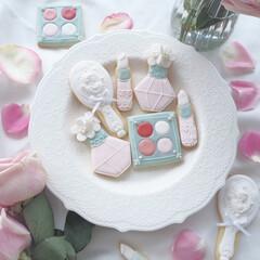 お菓子/アイシングクッキー/お菓子教室/お菓子作り コスメをテーマにしたアイシングクッキーで…