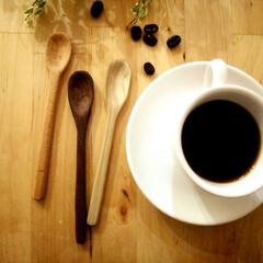 コーヒー/スプーン キットですが、自分で木を削って作ったコー…
