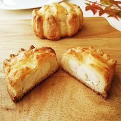 クリームチーズ/チーズ饅頭/カニ 持ちやすく食べやすい、ほどよいサイズ感に…