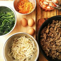 ビビンバ/ナムル さっとゆでた野菜に、ごま油・塩・コショウ…