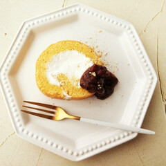 きなこ/ロールケーキ/ゆであずき しっとりとした食感で、そのままでも美味し…