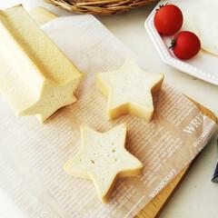 食パン/星/目玉焼き 星の形に焼けるパン型を買いました。 しっ…(1枚目)
