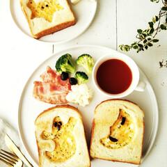 トースト/ハロウィン2019/チーズエッグトースト/おばけ ハロウィンモチーフのチーズエッグトースト…