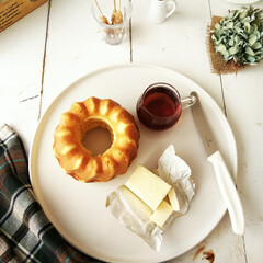 クグロフ/パンケーキ/ごはん 今朝は、パンケーキ生地をクグロフ型に入れ…
